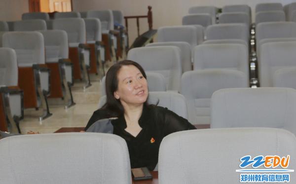 3党委书记、校长易峰到场指导