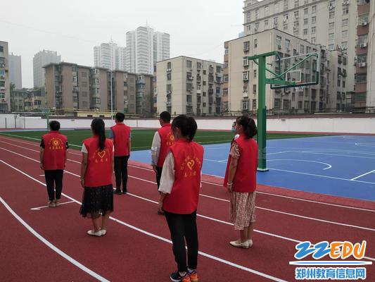 8演练大课间活动及体育课环节