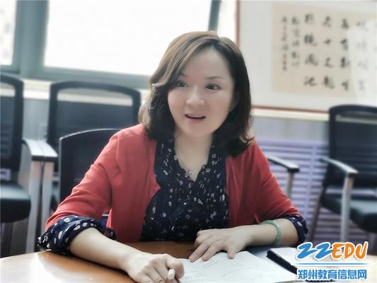 2党总支书记张莉对复学工作提出要求