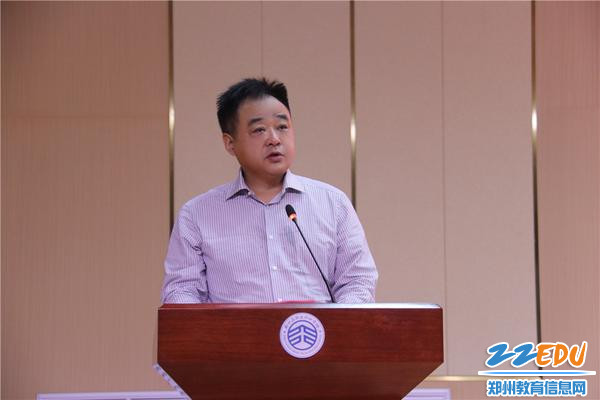 郑州高新区管委会社会事业局党委书 记、局长田鸿鹏致辞