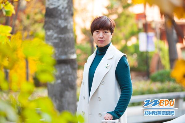3、张莹同志任郑州市第九中学校长、副书记