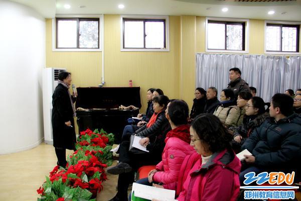 3.家长朋友与刘教授积极交流互动