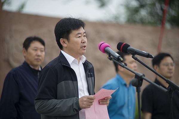 惠金河务局党组成员、副局长陆相荣