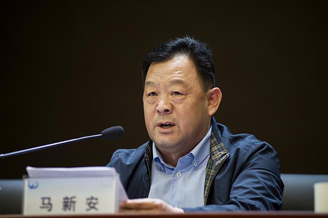 郑州市教育局党组成员、市纪委监委驻市教育局纪检监察组组长马新安。