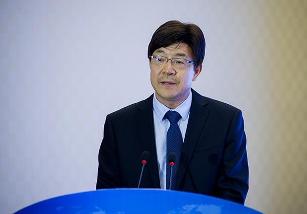 省委高校工委专职副书记、教育厅党组副书记郑邦山致辞。