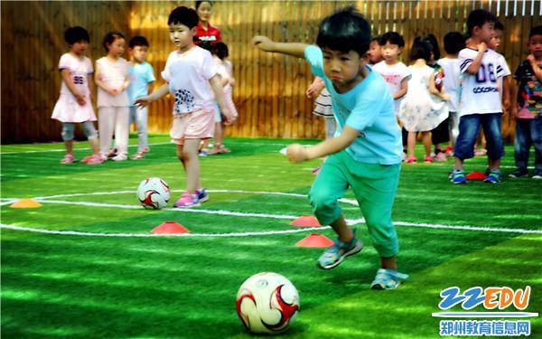 12.阳光足球课程展示
