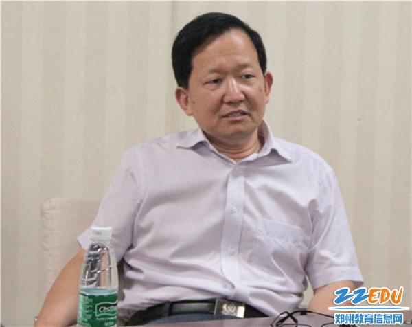姚五洲副主任指导中招考务工作