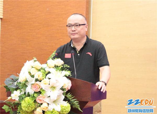 8河南省社会体育管理中心副主任张勇宣布第六届河南省青少年电子制作锦标赛正式启动