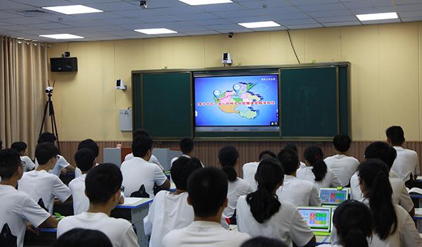 10.       作为对口帮扶学校,接下来郑州七中将同卢氏一高开展远程教学、教研互动,精品课程共上,优质资源共享等。