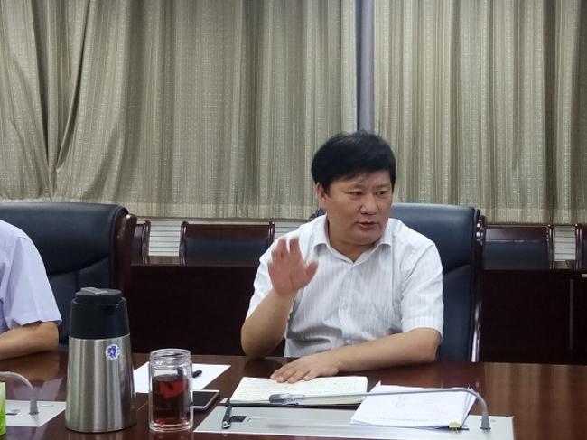 4.市教育局局长、党组书记王中立作总结讲话