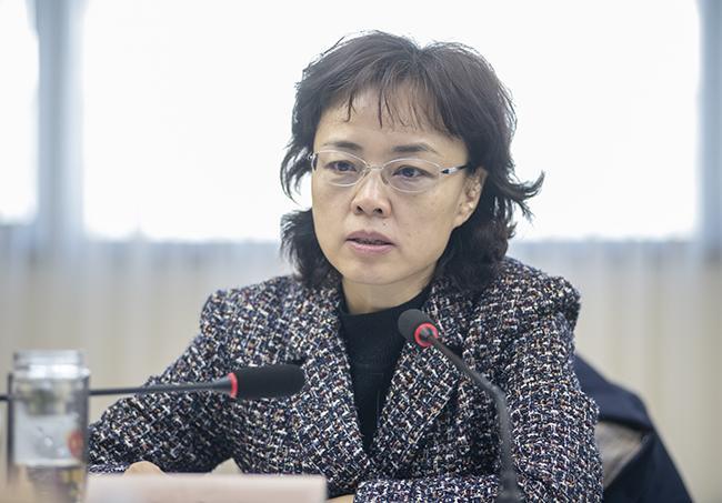 郑州市人民政府教育督导委员会主任,郑州市副市长孙晓红做汇报。