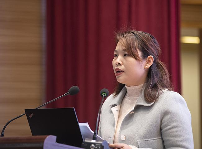 二七区教体局杨彬分享二七区数字教材应用工作经验