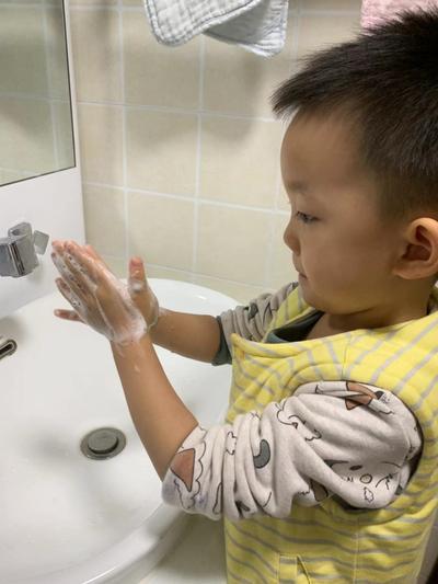 2.我要把小手洗的超干净