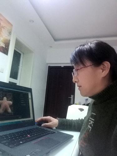 1杨黎平老师进行网络教学
