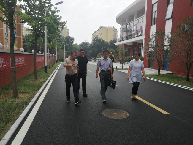 郑州市防震减灾中心应急救援处处长栗荣一行莅临我校