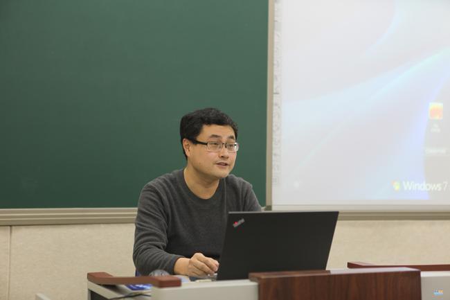 郑州市教科所综合管理室主任石毅